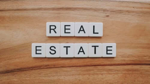 How to Invest in Real Estate with Little Money - Dthai